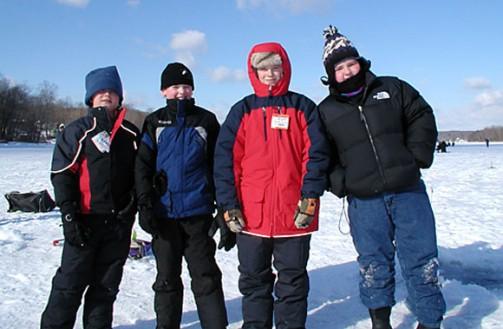 TU-WOOLY-BUGGERS-ICE-FISH